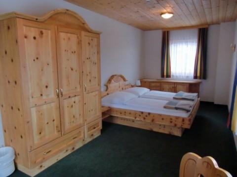 almengasthof stoichart sommer und winter in sirnitz auf. Black Bedroom Furniture Sets. Home Design Ideas